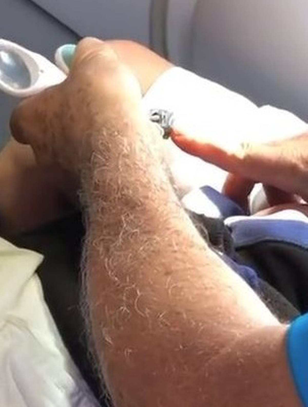 Passenger shaming: traveller filmed clipping nails before take-off