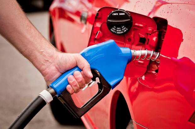 Filling up the tank is set to weigh more heavily on Kiwi bank accounts in coming months. Photo/123RF.