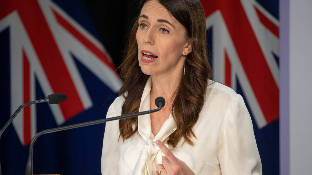Watch: Prime Minister Jacinda Ardern rejects she's picking favourable media after cancelling slot with Mike Hosking