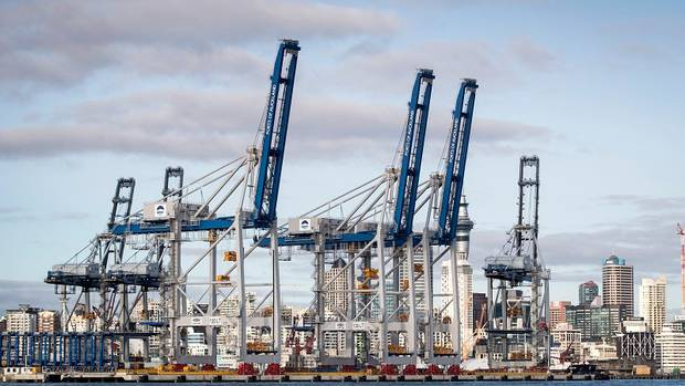 New cranes at Ports of Auckland. Photo / Jason Oxenham