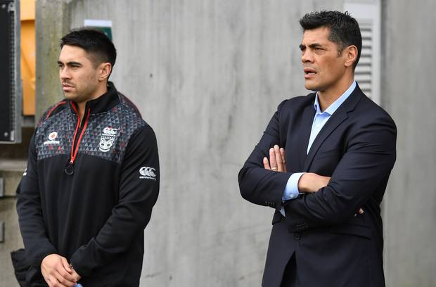 Shaun Johnson and Stephen Kearney. Photo / Photosport