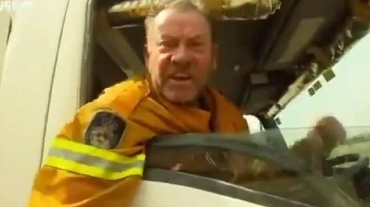 Australian firefighter Paul Parker loses his role after slamming Scott Morrison