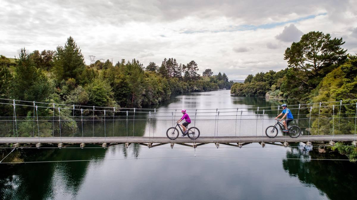 Waikato council slams Watercare planning as Auckland mayor Goff warns of crisis
