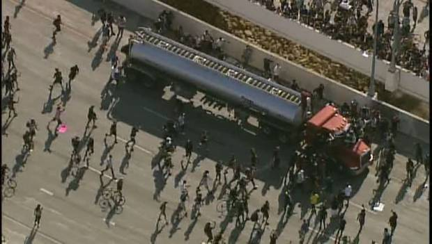 Footage shows a tanker truck driving through a crowd of thousands of protesters. Photo / Fox 9 Minneapolis