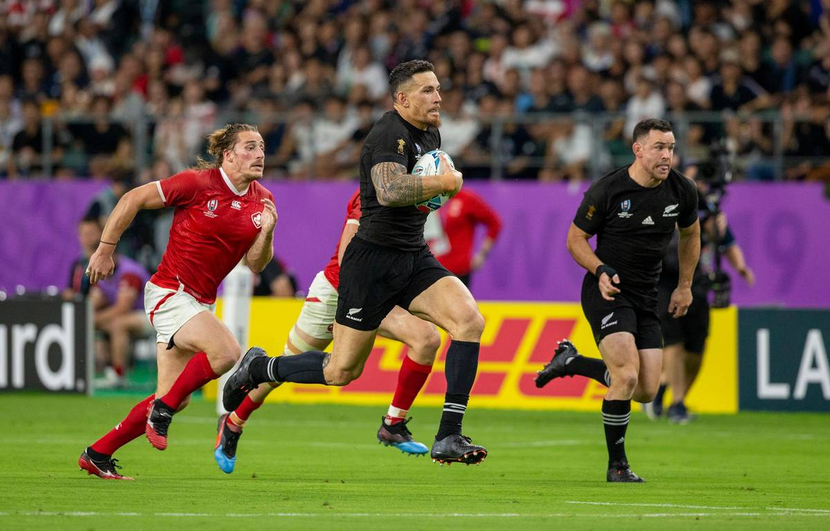 Gregor Paul: The unanswered questions from All Blacks' thrashing