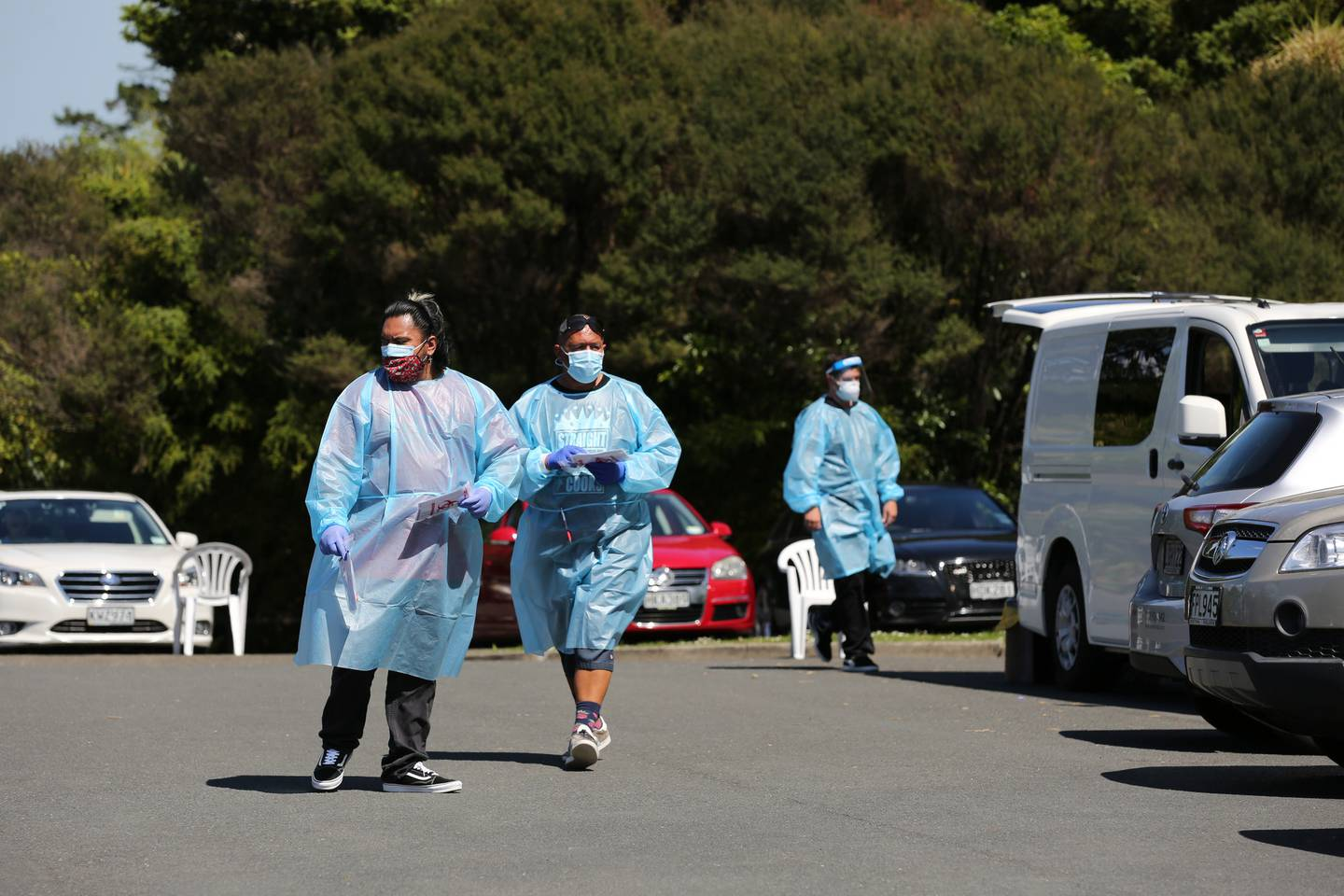 The Auckland Regional Public Health Service staff at Greenhithe, where a pop-up testing station has been set up. Photo / Sylvie Whinray