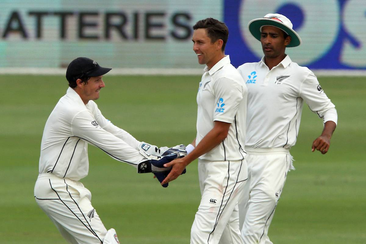 Cricket: Brilliant Trent Boult leads Black Caps fightback in first test against Pakistan