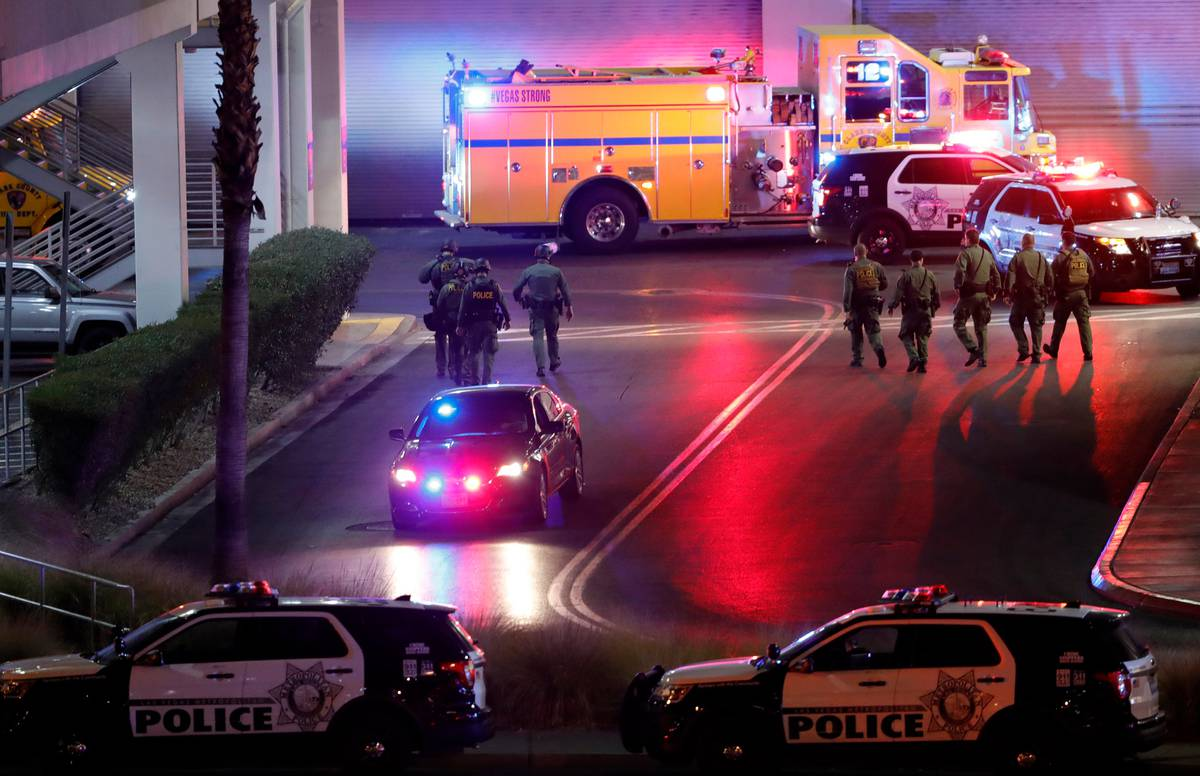 Shooting at Las Vegas Fashion Show mall - injuries reported