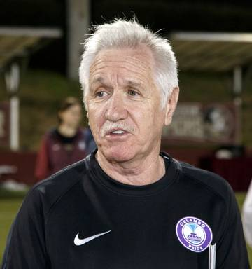 Football  New Zealand Football announce Tom Sermanni as new head ... b9efe52986d0