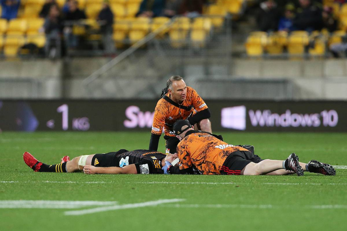Super Rugby Aotearoa: Chiefs and All Blacks captain Sam Cane suffers scary injury against Hurricanes