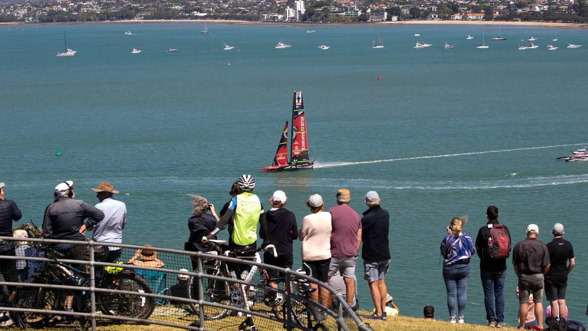 The place to eat, drink and see the Prada Cup in Devonport – NZ Herald