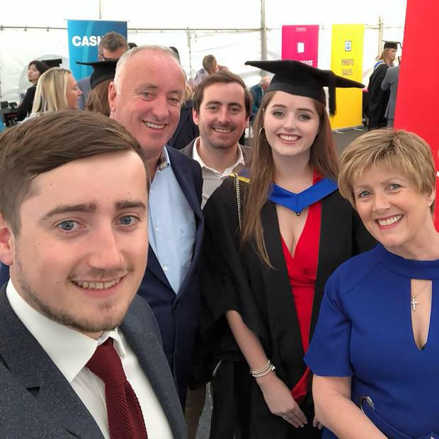 Grace Millane and her family on graduation day. Photo / Supplied