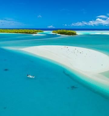 8cd72ebe28803 Clarke Gayford  Cast away for bonefish in Aitutaki s blue lagoon ...