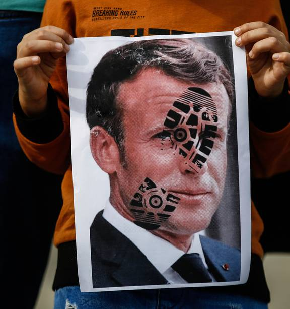 French President Emmanuel Macron Faces Backlash Over Islamophobia Comments Nz Herald