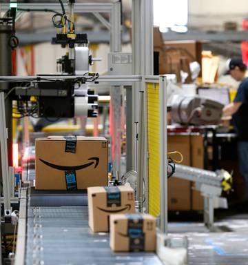 Amazon investigates report employees leaked data for bribes