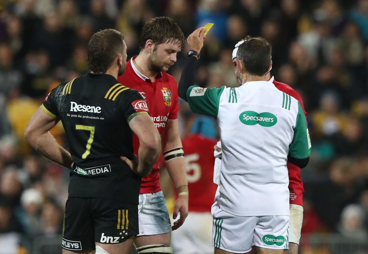 Rugby: Iain Henderson's yellow card capital punishment for Warren Gatland