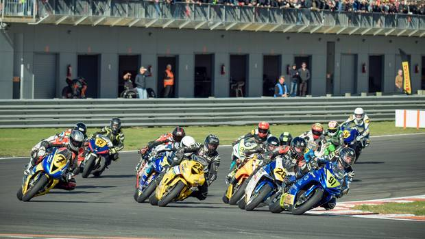 Whanganui's Richie Dibben finished ninth overall on debut in the Supersport 600 class of the national Superbike Championships. Photo / Andy McGechan