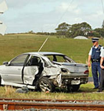 Boy dies after train hits car - NZ Herald