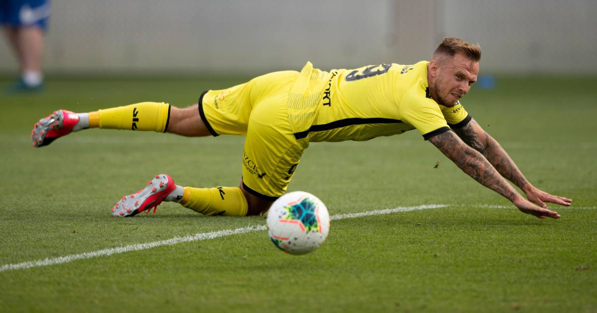 Live A-League football updates: Wellington Phoenix v Western United