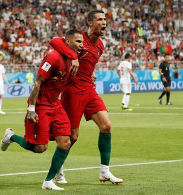 9b6e4c837fd7c Football  The World Cup group stage awards - NZ Herald