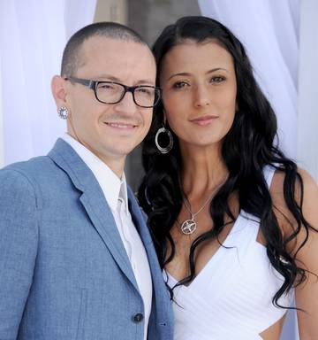chester bennington's daughter's heartbreaking question - nz herald
