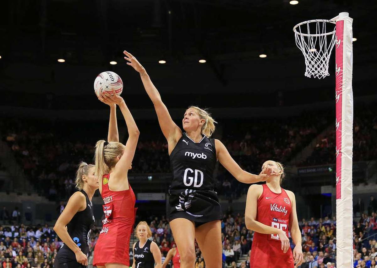 Netball: Silver Ferns fade to suffer record defeat to England
