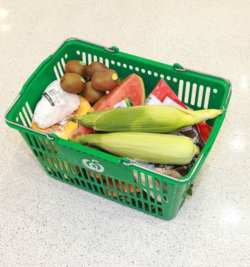 countdown shopping baskets going missing following plastic bag phase