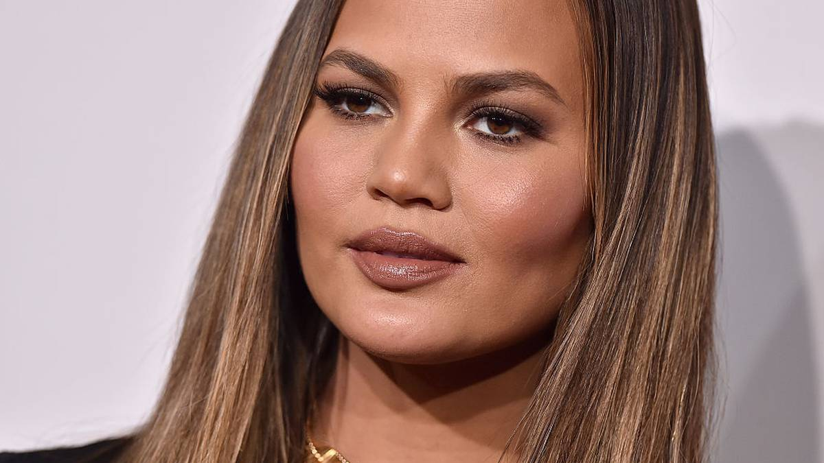 Chrissy Teigen defends Meghan Markle after she was criticised for sharing miscarriage news – NZ Herald