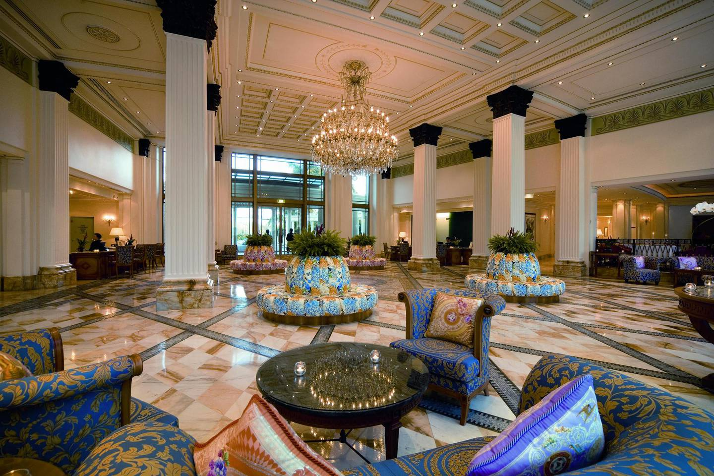 The Gold Coast plot included a meeting at the five-star Palazzo Versace hotel. Photo / File