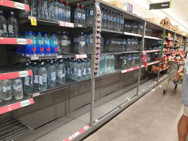 Countdown Meadowbank was out of toilet paper and large containers of water earlier today. Photo / Edward Swift