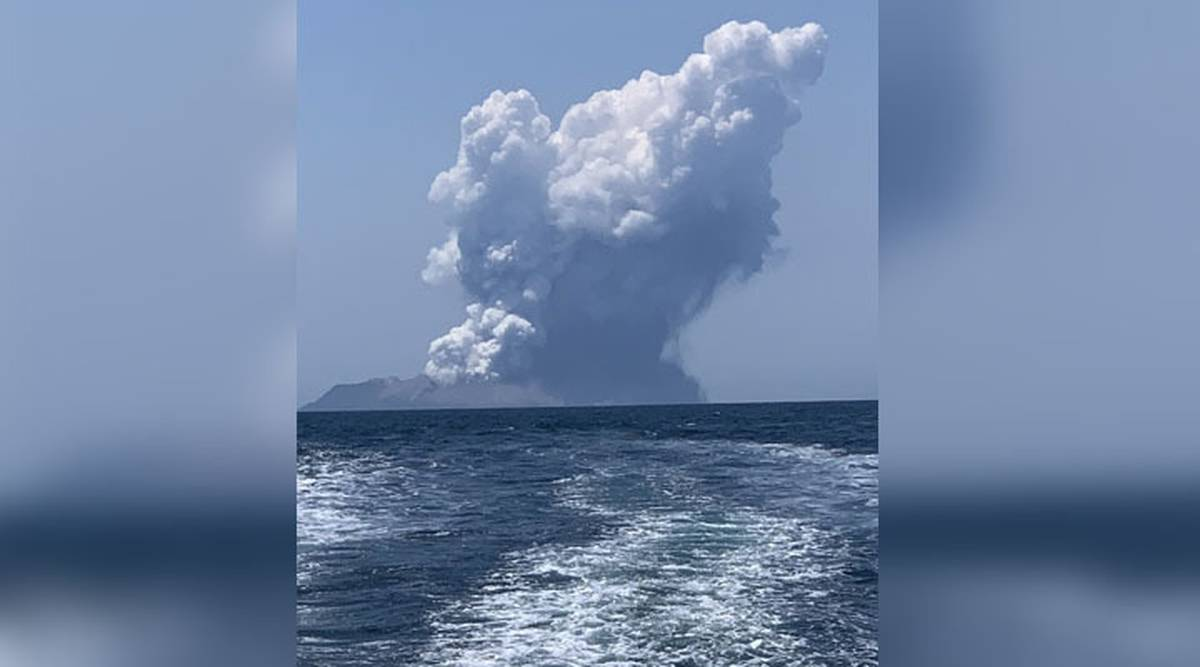 White Island volcano eruption: Plumes of smoke, reports of injuries in Bay of Plenty