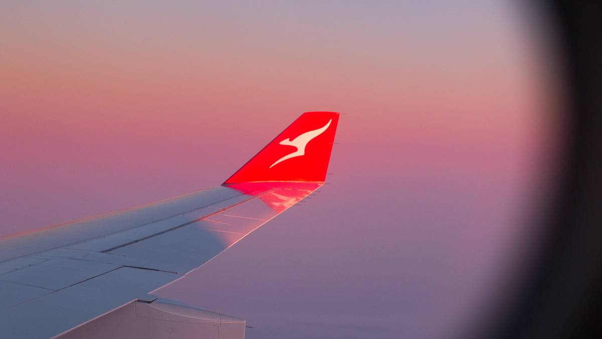 Qantas broadcasts worldwide journey timeline and $1bn loss – NZ Herald