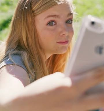 P O Elsie Fisher 15 Plays Kayla Day In The Film Eighth Grade P O