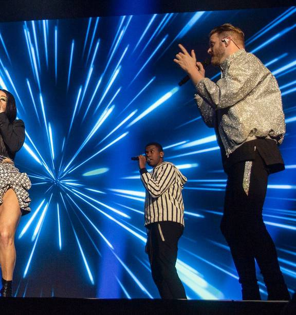 Pentatonix Christmas Special 2020 Review Music review: Vocal power of Pentatonix sends hearts soaring at