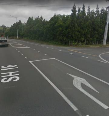 Person killed, two taken to hospital after three-car crash in Kumeu
