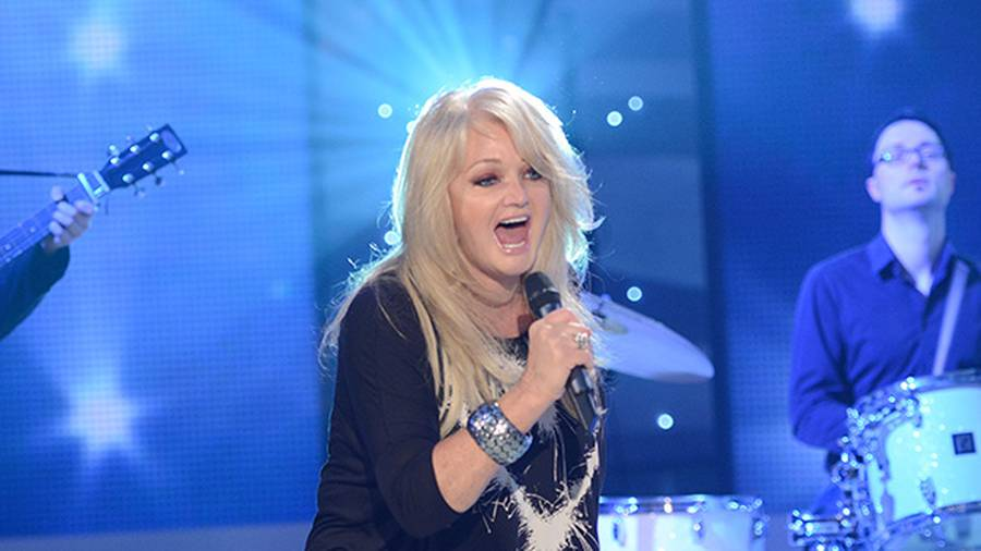 Bonnie Tyler will sing 'Total Eclipse' during an actual total eclipse