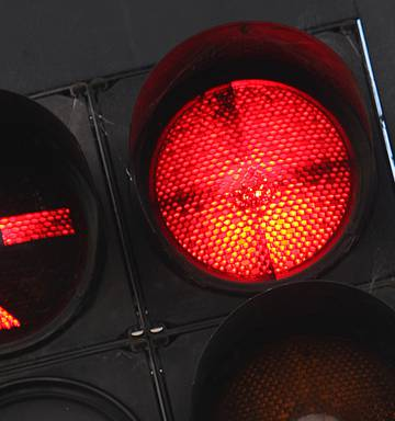 Hamilton City Council wants police to target red light