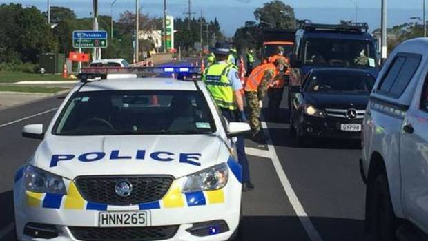 Checkpoints across Auckland have been stopping traffic leaving the city. Photo / Khalia Strong