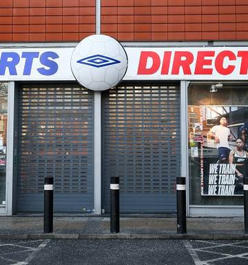 Sports Direct worker 'gave birth in a warehouse toilet' - NZ