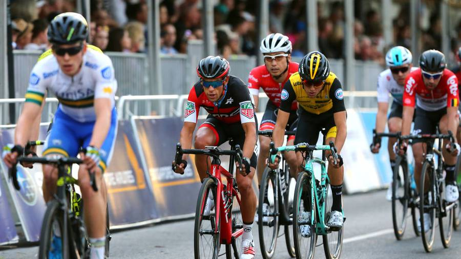 Impey steals surprise Tour Down Under lead