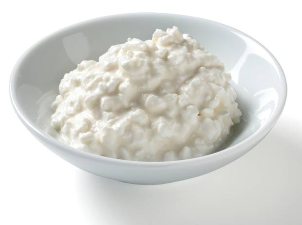 Cottage cheese and turkey meat contain significant amounts of casein. Photo / Getty