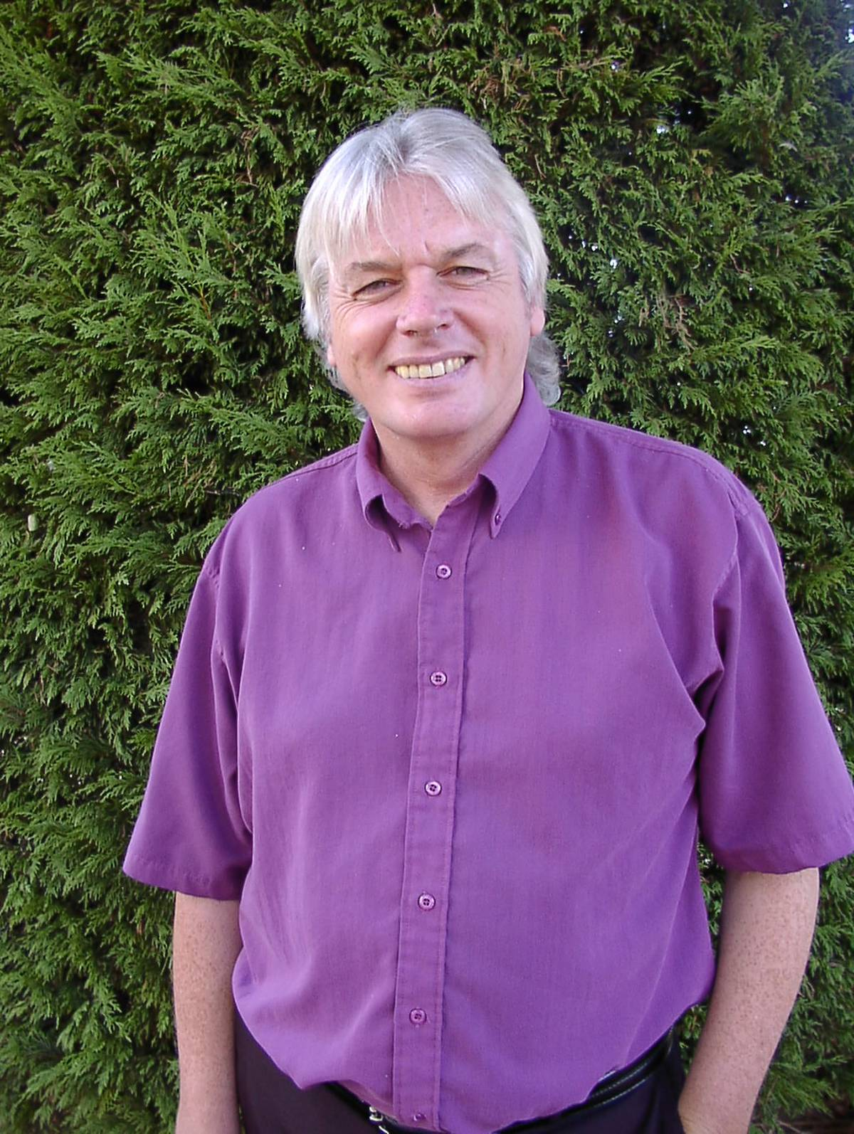 David Icke, the reptilian race conspiracy theorist, causes a