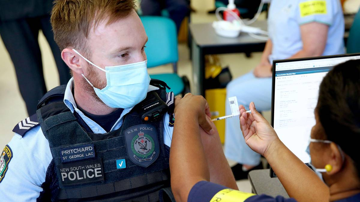 Covid 19 coronavirus: Australia enlists 1000 GP clinics to help with vaccine roll-out