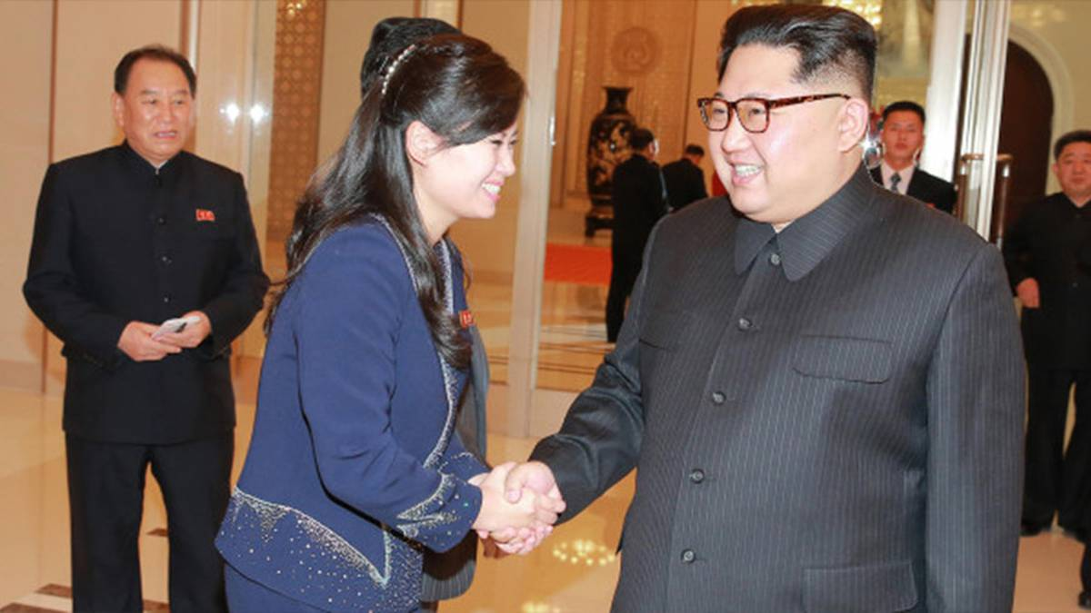 Kim Jong-un's new woman: Former lover 'replaces wife at his side in mystery power shift' - NZ Herald