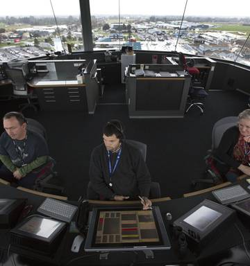 The job offering graduates $95,000 a year: Air traffic
