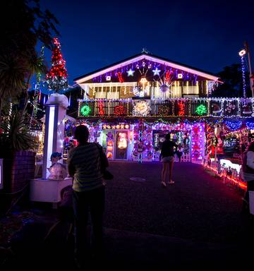 How Long Do Christmas Lights Last.Photos Christmas Lights Around The Country Nz Herald
