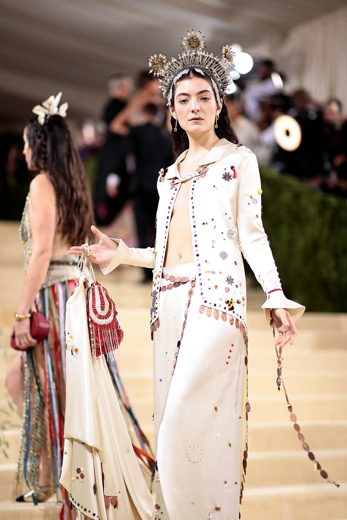 Lorde looks stunning at this years 2021 Met Gala. Photo / Getty