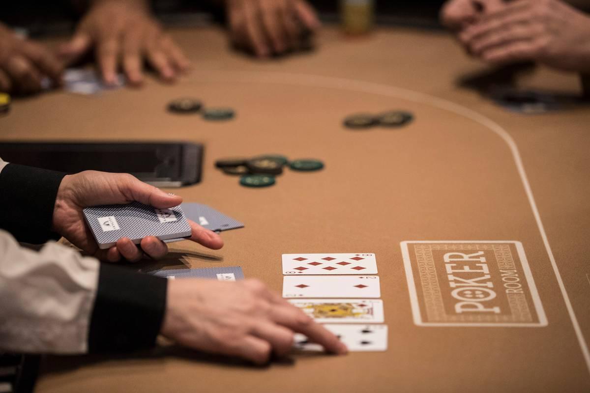 poker hands reddit