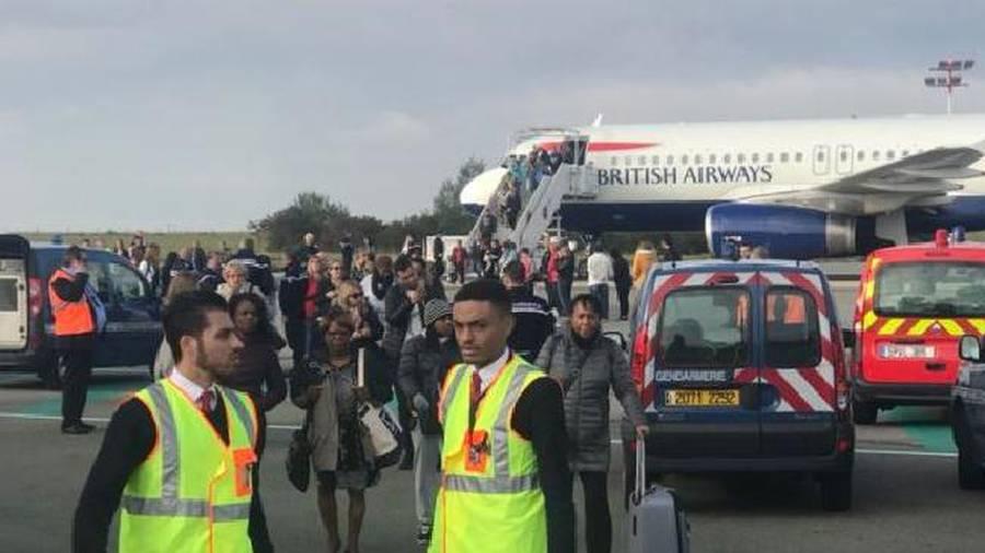 'Security threat' grounds British Airways flight in Paris