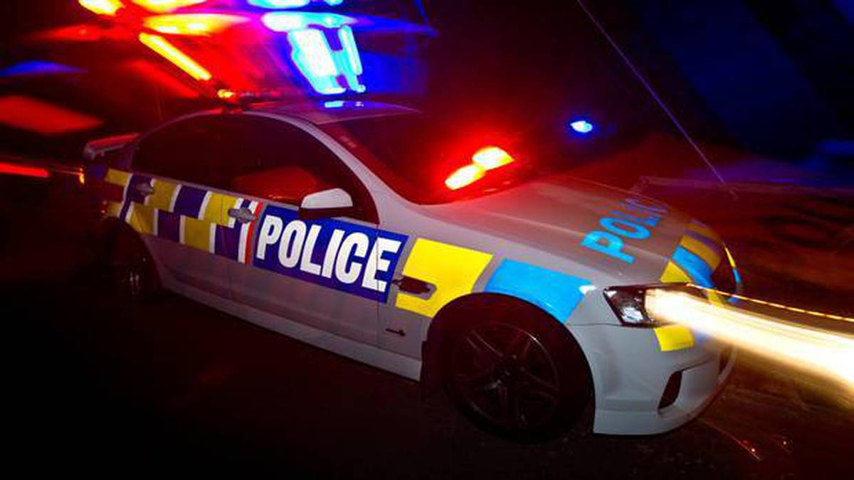 Driver dies after crash into parked car in Wiri, South Auckland
